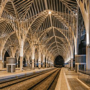 Oriente Station by David Evora